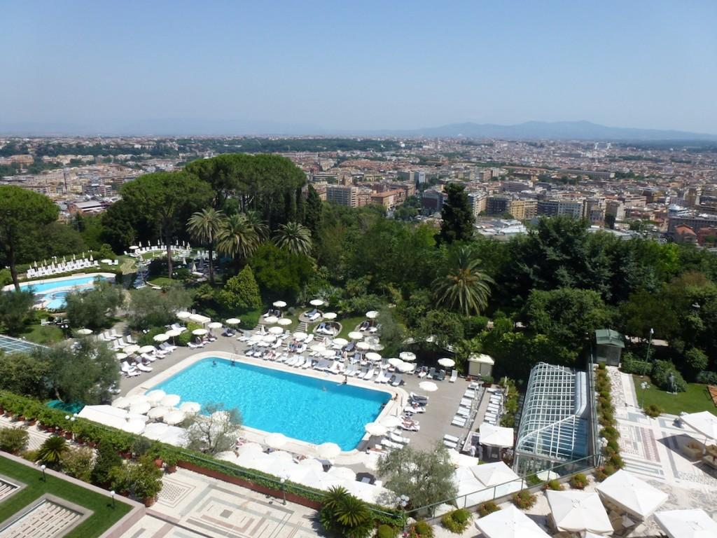 Rome Cavalieri - Outdoor pool