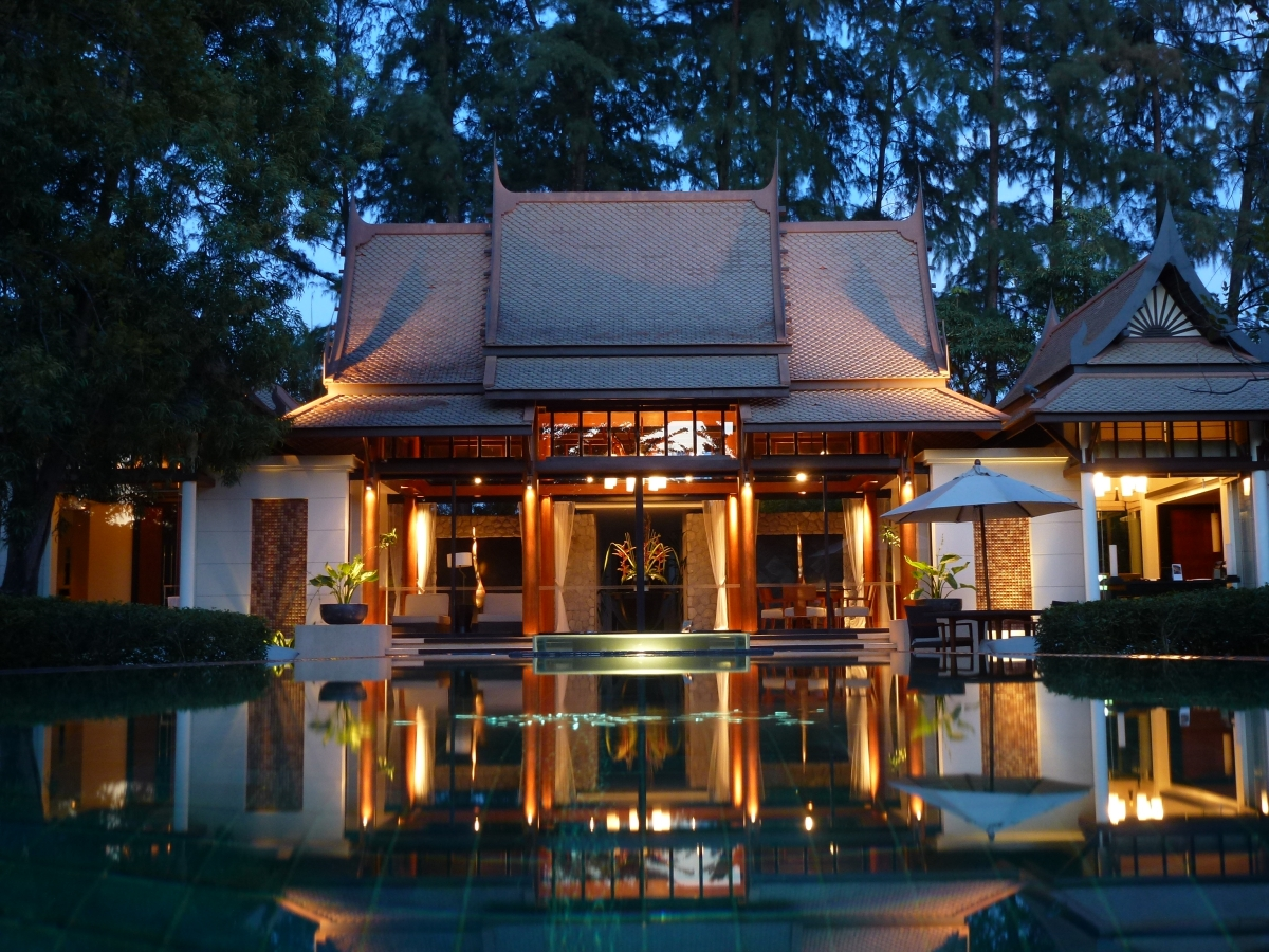 Breathtaking pool villas at Banyan Tree Phuket