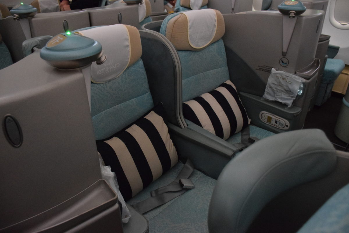 Upgraded to Etihad Airways Pearl Business Class | The Luxe ...  Upgraded to Eti...