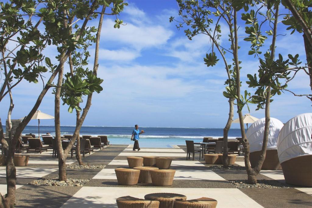 idyllic week at intercontinental fiji golf resort spa. Black Bedroom Furniture Sets. Home Design Ideas
