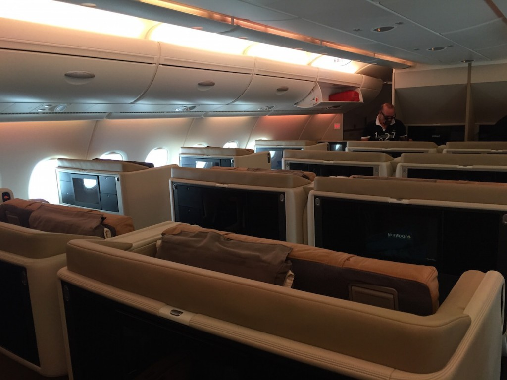 Singapore Airlines A380 Business Class - Upper floor Business cabin