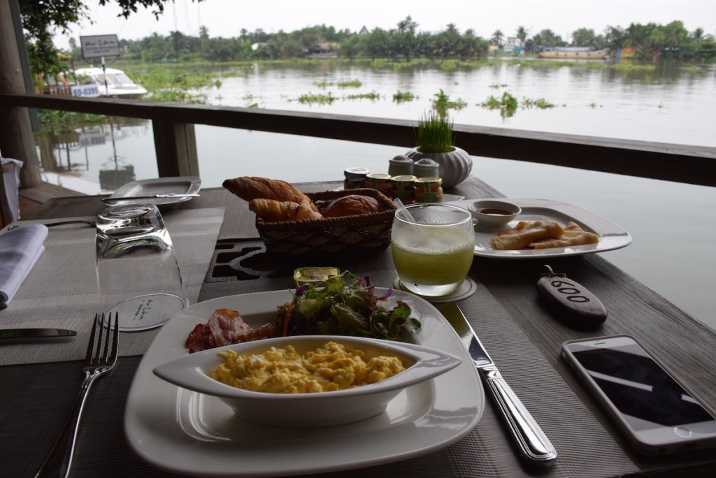 An Lam Saigon River - Breakfast