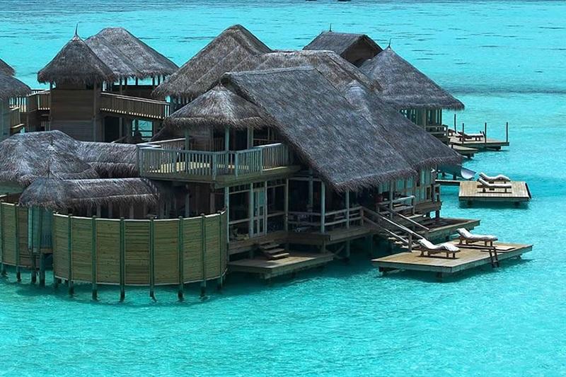 8 Luxury over water villas in Maldives