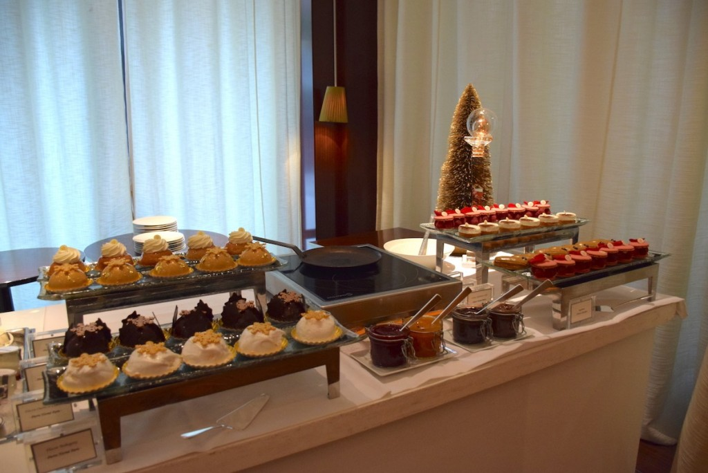 New Year brunch at Le Royal Monceau - Pierre Hermé desserts buffet