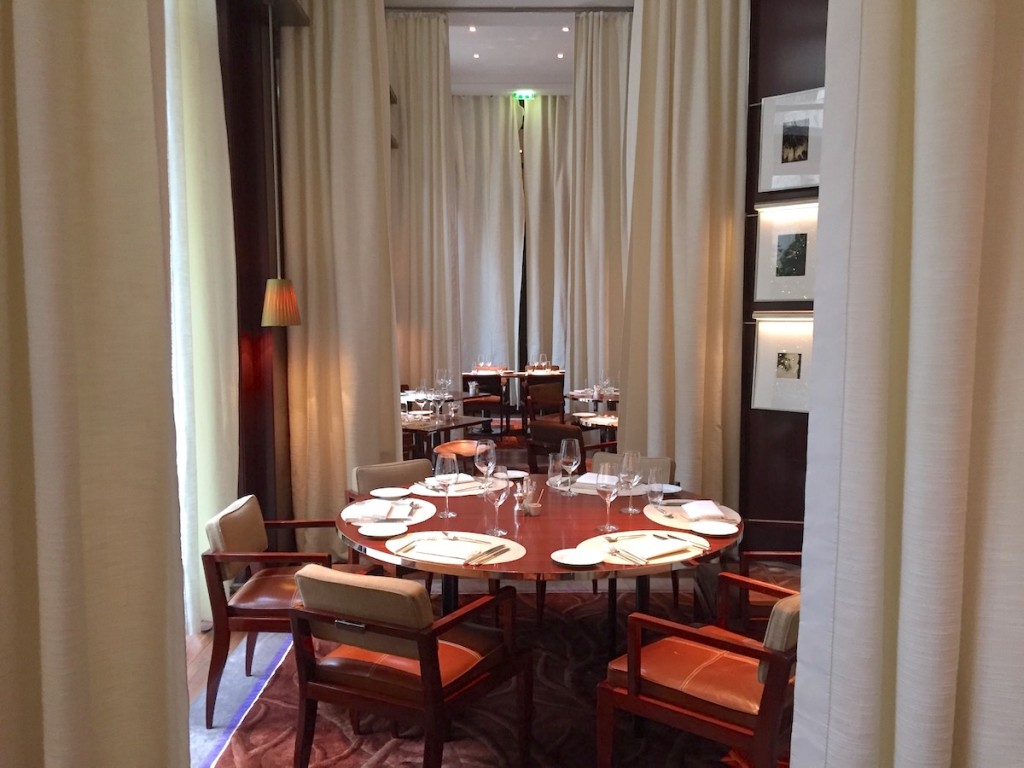 New Year brunch at Le Royal Monceau - La Cuisine room design