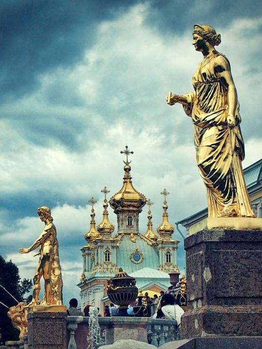 Cultural Hotspots - St Petersburg statues