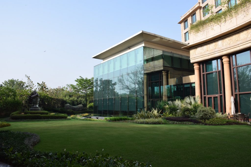 Leela Palace New Delhi - Courtyard