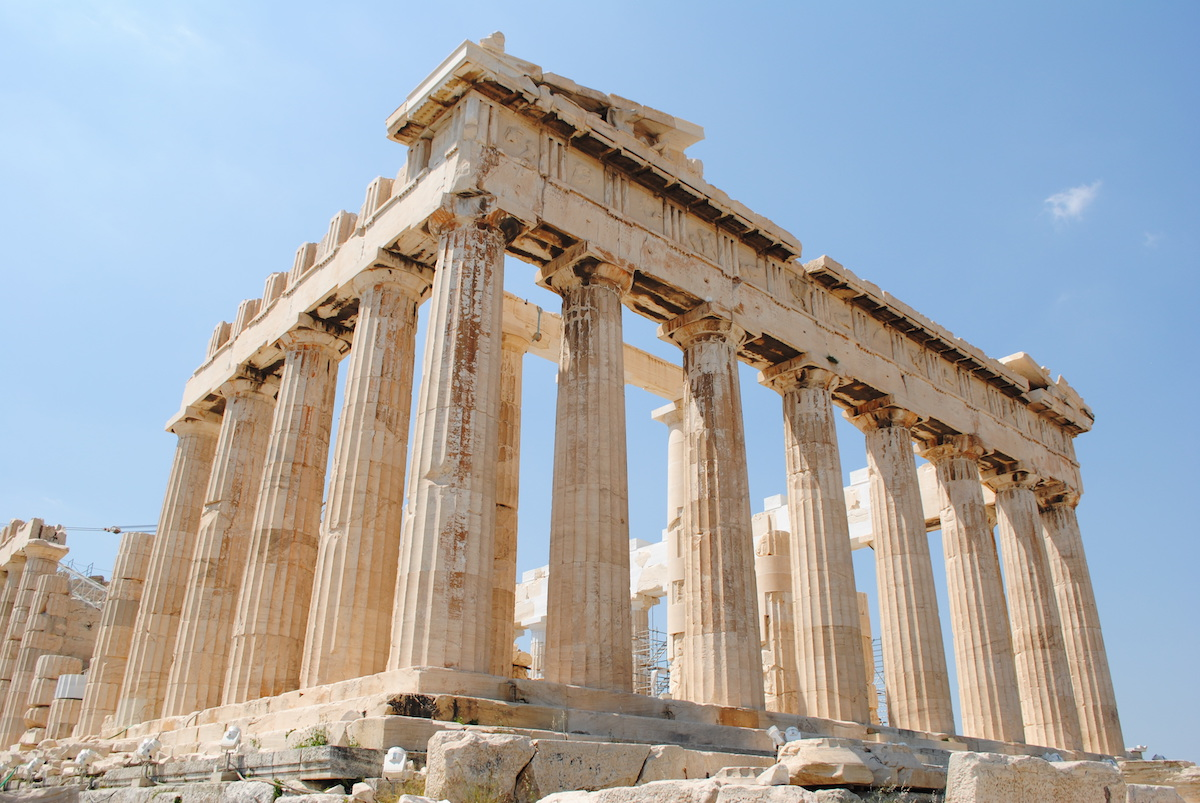 5 Reasons to Retire to Greece