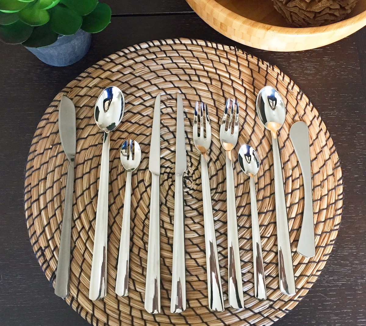 MoonLashes cutlery collection