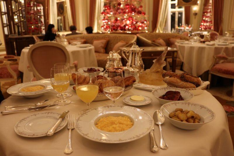 Breakfast at L'Espadon restaurant