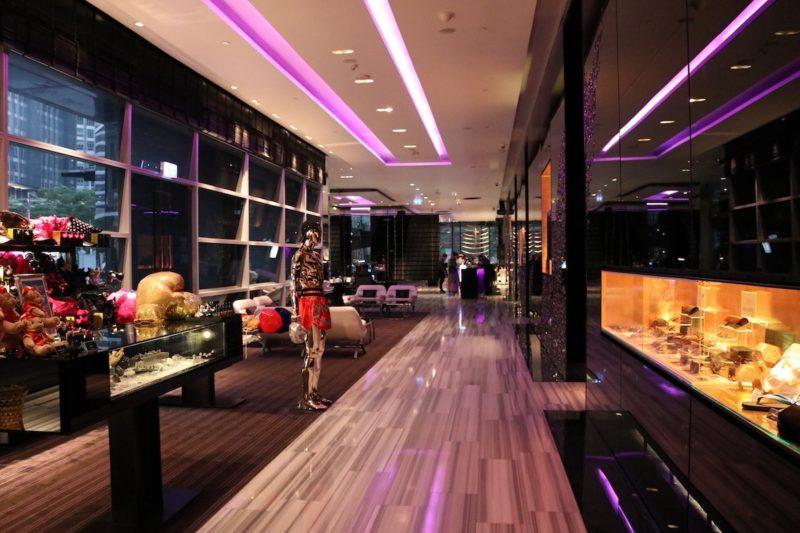W Bangkok - Lobby