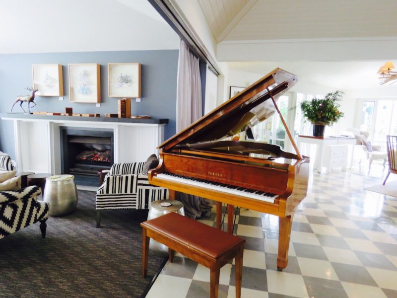 Library Bar piano