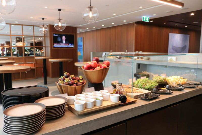 Cathay Pacific First & Business Class Lounge, Bangkok Airport