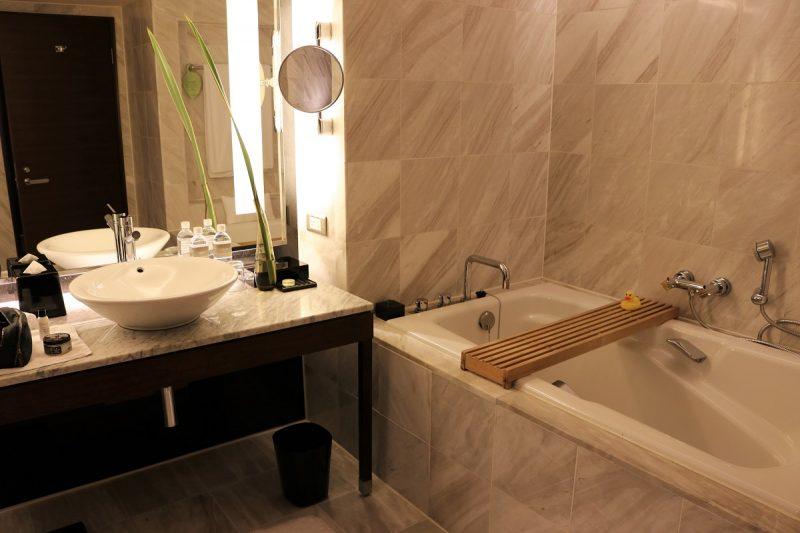 Tai Pan Room - Bathroom