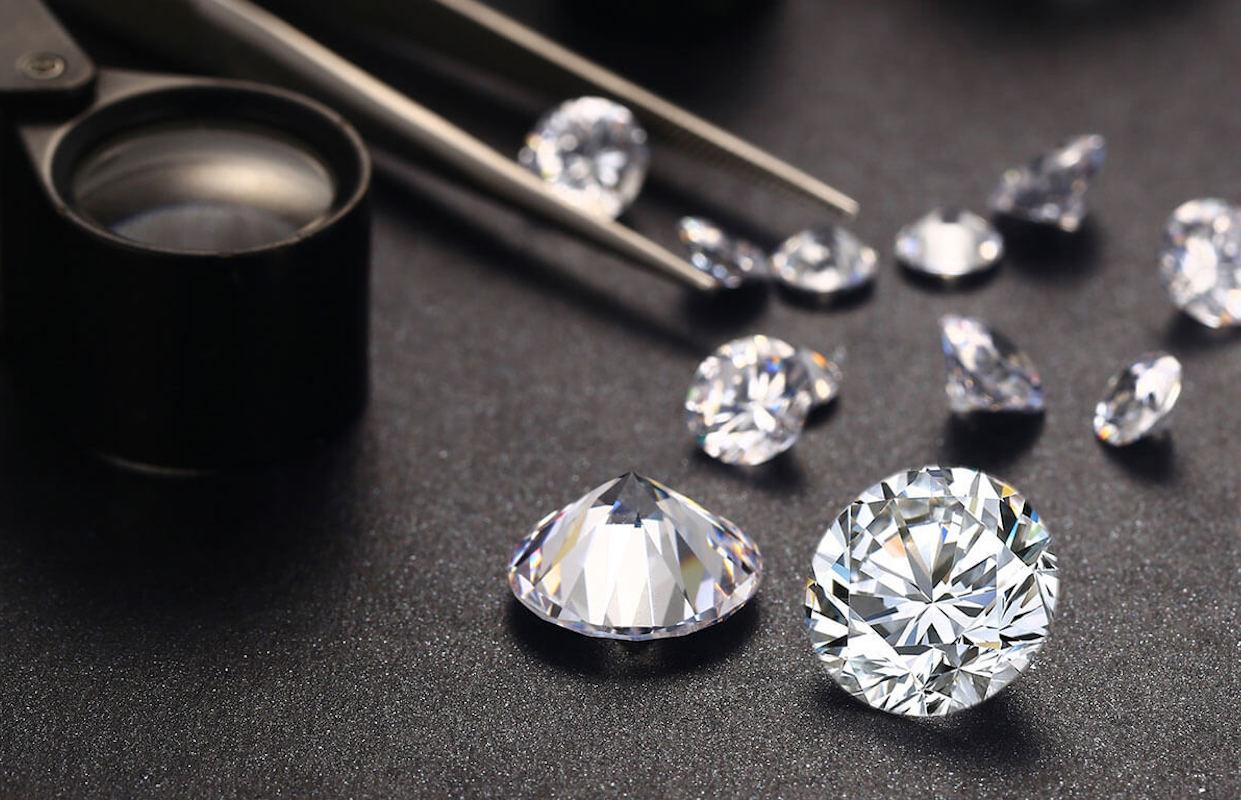 DiamondByWay: When Blockchain Enhances Traceability In Jewelry Industry