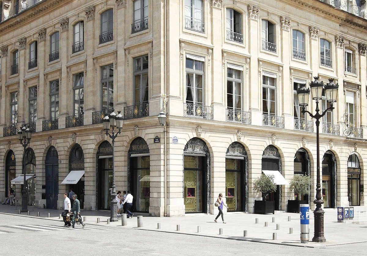 Visiting the Boucheron apartment on Place Vendôme