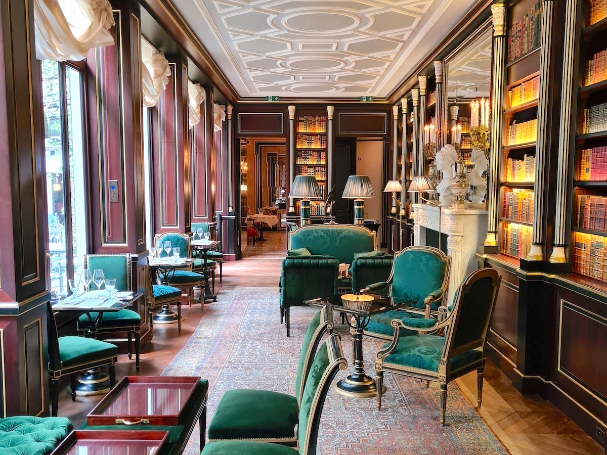 Living A Palace Experience At La Réserve Paris