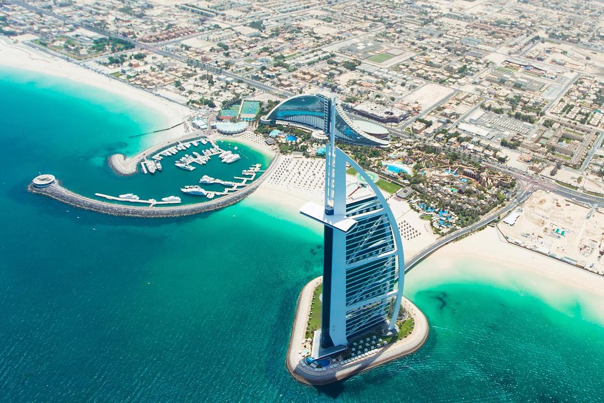 Top 7 Surprising Things To Do In Dubai