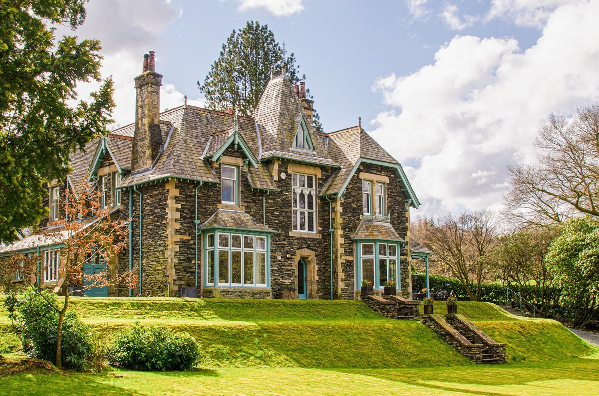 Discover Birkdale House, A Private Mansion In Northern England